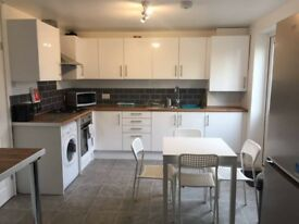 1 Double room and 1 Double En-suite room available to rent, Grimsby