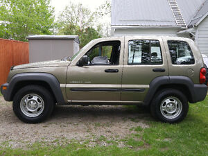 Trade! 2003 Jeep Liberty Trail Rated 4X4 5 speed 4cyl 34mpg