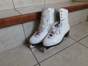 Figure Skates, Junior size 3
