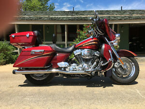 Screaming eagle CVO Harley