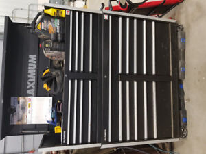 Maximum tool box. Great price