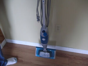 Steam  Mop - Like NEW - only $27.00 Reduced to $20.00