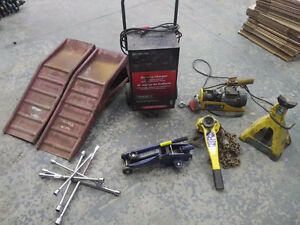 Battery Charger 2 Ton Chain Hoist Car Jack Ramps Electric Winch Cambridge Kitchener Area image 1