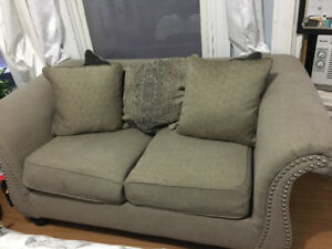 CHEAP COUCH FOR SALE PICK UP ST KITTS DOWNTOWN
