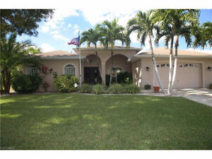 **Gorgeous Freshwater pool home in Cape Coral, Florida, USA**