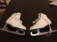 GIRLS ICE SKATES NEED GONE TODAY ASAP