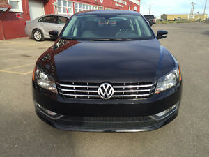 2013 Volkswagen Passat DIESEL, LEATHER!
