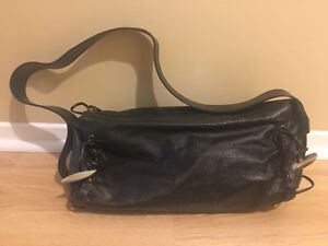 Black leather bag - good condition