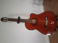 Guitar Acoustic ElectricClassical w New Case