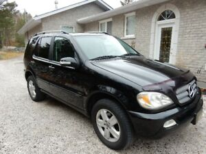 Selling 2005 Mercedes Benz ML350 Special Edition SUV
