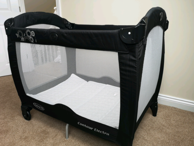 new arrival 13272 4bf94 Graco Contour Electra travel cot system | in Hucknall, Nottinghamshire |  Gumtree