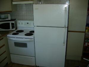 [4.]poele frigo laveuse secheuse.[4].fridge stove washer dryer