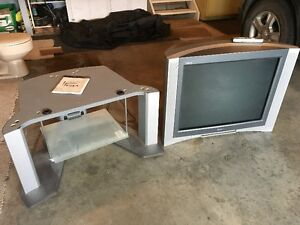 """SONY WEGA 32"""" HDTV Television COMPLETE WITH STAND"""