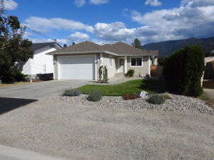 Rancher Style Home In Armstrong $448,000
