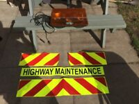 HIGHWAY MAGNETIC SIGNS & BEACON. £80