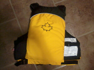 Salus Life Jacket Windsor Region Ontario image 5