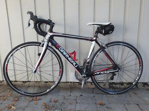 Louis Garneau Xinos X2 carbon frame road bike