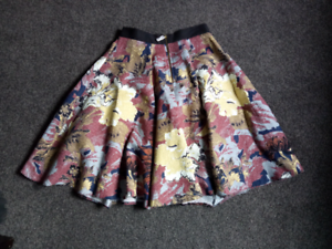 Closet London - floral midi skirt (UK 8 / US 4) Box Hill Whitehorse Area Preview