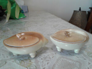 2 Vintage hand crafted sea shell shape tea cups with lids
