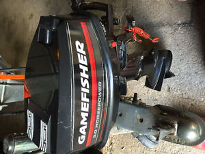 Gamefisher 5 hp 2 Stroke Outboard.