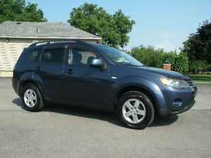 2008 Mitsubishi Outlander ES:Drives Great, New Brakes, Must See!