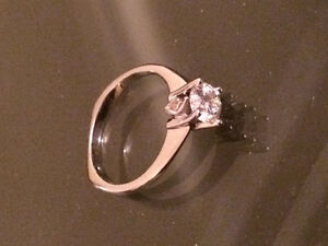 Gorgeous Engagement Ring Reduced Price