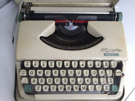 "Vintage 1950/60's ""OLYMPIA"" Splendid 66 Portable Typewriter in good working order"
