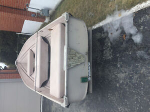 12ft aluminum boat with trailer for sale $750