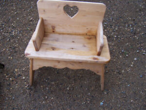 Little tikes table+2 chairs. Solid wood kids picnic,small bench