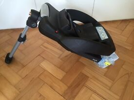 Maxi Cosi easyfix (isofix) car seat base. FREE delivery within 10 mile radius of NG8