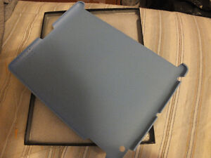 APPLE iPad 2 - 3rd  Generation ECO-LEATHER  BACK COVER,.L.BLUE. Kitchener / Waterloo Kitchener Area image 4