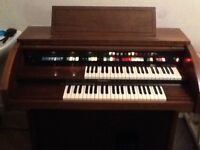 Lowrey jamboree electric organ/keyboard Good working order Can deliver locally- Telford
