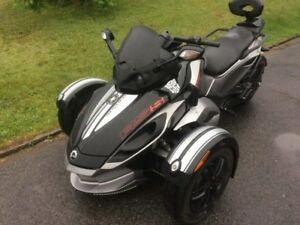 Canam Spyder 2012 RSs semi automatique