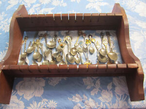 Collectable spoon set and holder Kingston Kingston Area image 1