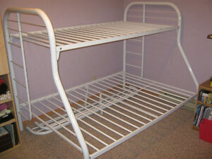METAL BUNKBED TWIN/FULL-WITH TWIN MATTRESS-VERY CLEAN