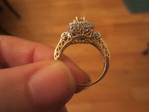 10K Yellow Gold 2/3 CT Genuine Diamond Engagement Ring Size 7 West Island Greater Montréal image 2