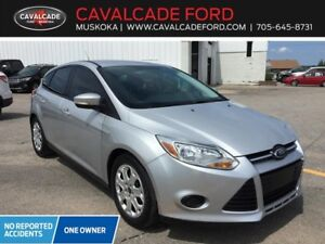 2014 Ford Focus Hatch SE Certified Used car HTD FR seats!!