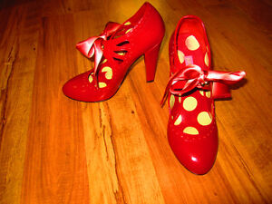 """Betsey Johnson red shoes with bow, 4"""" heel"""