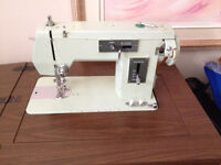 Machine a Coudre *** BROTHER *** Sewing Machine