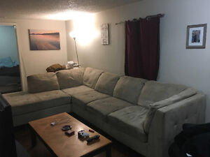 Couch for sale, 500 obo Peterborough Peterborough Area image 1