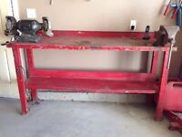 Work bench with grinder and vice