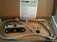 Like New Moen Kitchen Faucet With Sprayer