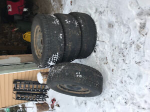 Winter tires and rims 265/70R17
