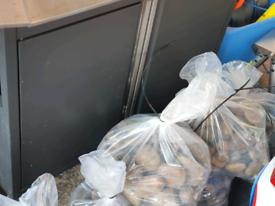 Scottish Pebbles. 13 bags. 15kg. £4 per bag