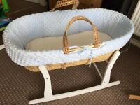 Moses cot with mattress and fleece body dressing