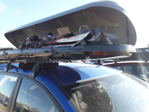 """Thule / """"Mercedes Benz rooftop cargo box  carrier -basically new"""