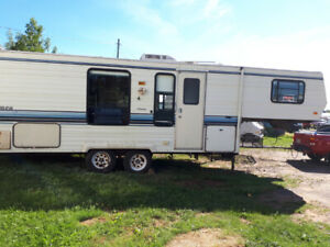 5th Wheel | Buy Travel Trailers & Campers Locally in Prince Edward