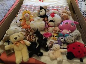 Plush toys tigger pooh poppet Olaf bears and more!