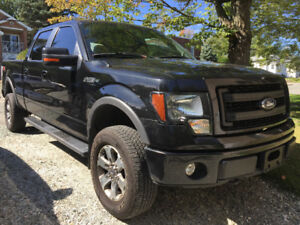 2014 Ford F-150 FX4 OFF ROAD 5.0L