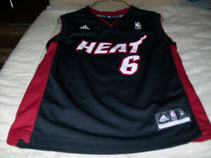 (ATTENTION! LOOK) NBA MIAMI HEAT LEBRON JAMES JERSEY FOR SALE.